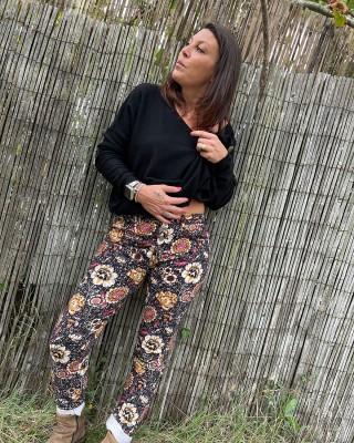 Pantalon Noir Imprimé Fleurs