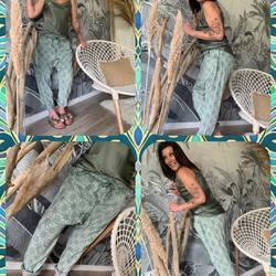 Aujourd'hui ce sera total look kaki 😎😎😎, mouahhhhh on adore 😊.... Caraco 20€, Sarouel broderies anglaises 49€, Mules 19€.... On commande, on commande, y en aura pas pour tout le monde 🙊🙊.... #papilhome #dressingroom #venteenligne #venteadomicile #lookoftheday #moodoftheday #tendance #vetementfemme #fringuesaddict #gujanmestras #bassinarcachon